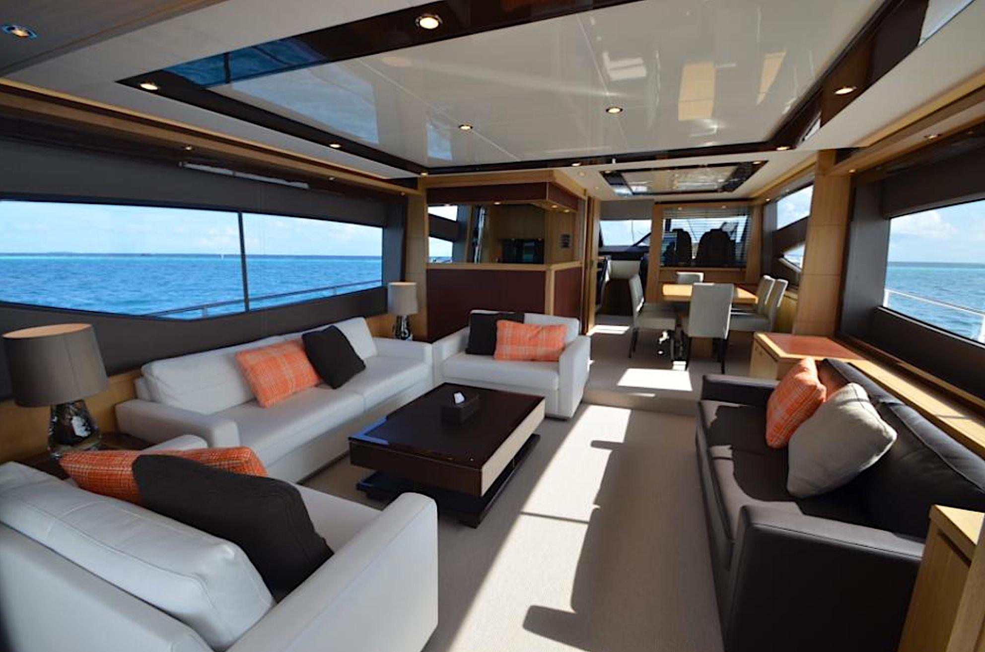 Salon - Princess 78 Motor Yacht