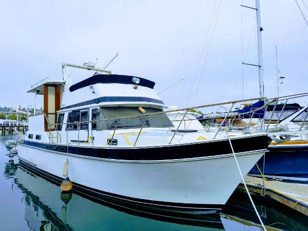 Picture Of:  43' Californian 43 Cockpit MY 1984Yacht For Sale | 1 of 20