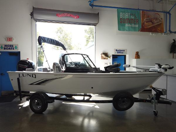 2021 Lund boat for sale, model of the boat is 1650 Rebel XL Sport & Image # 1 of 8