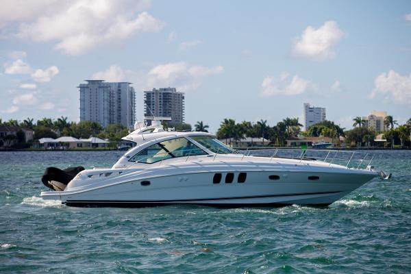 2008 48' Sea Ray Sundancer