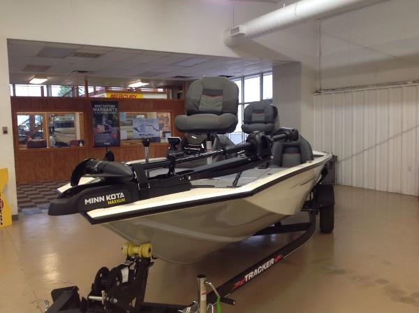 2021 Tracker Boats boat for sale, model of the boat is PT 190TE & Image # 2 of 11
