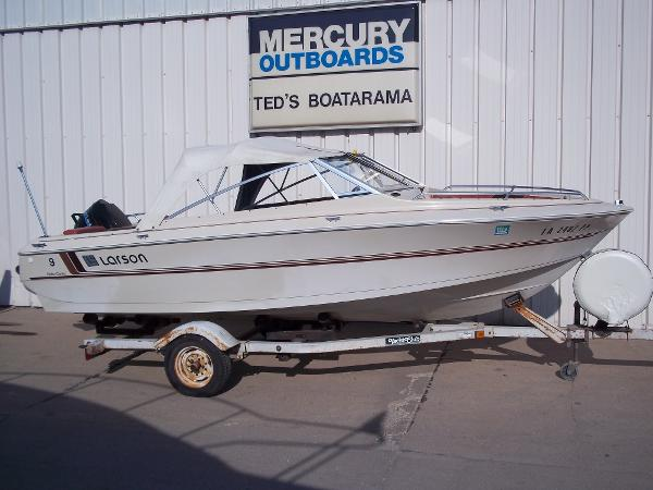 1983 LARSON 17' OPEN BOW RUNABOUT for sale