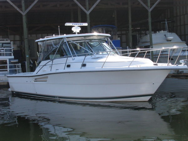 Pursuit 3400 Express Sports Fishing Boats. Listing Number: M-3473043