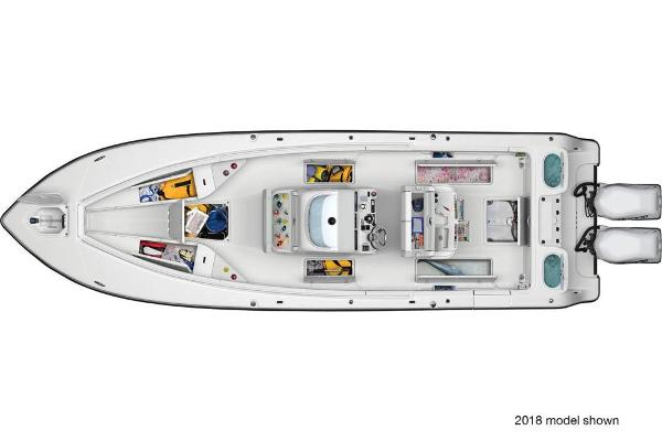 2019 Mako boat for sale, model of the boat is 334 CC Family Edition & Image # 3 of 6
