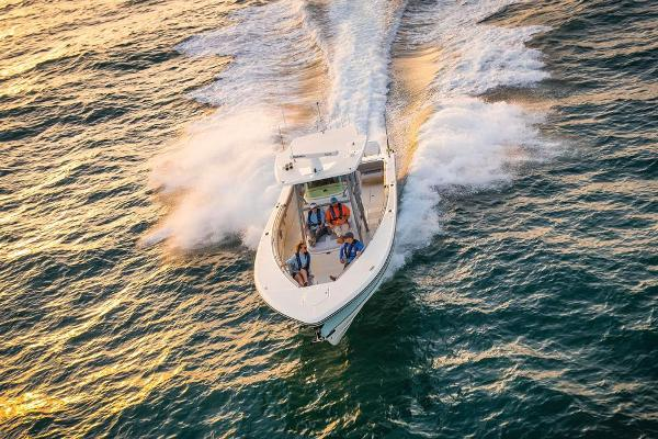 2021 Mako boat for sale, model of the boat is 414 CC & Image # 16 of 129