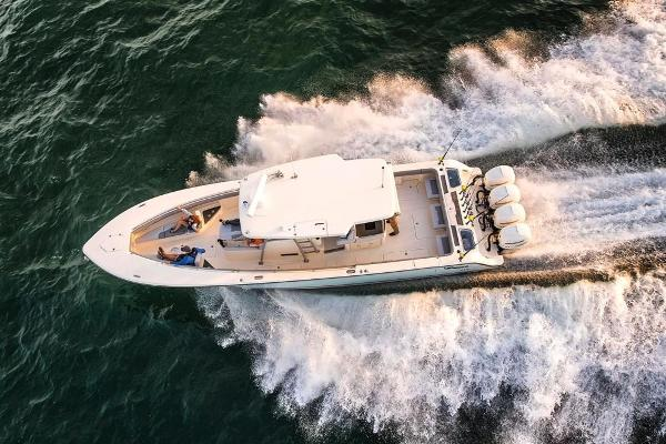 2021 Mako boat for sale, model of the boat is 414 CC & Image # 17 of 129