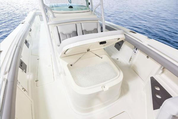 2021 Mako boat for sale, model of the boat is 414 CC & Image # 42 of 129