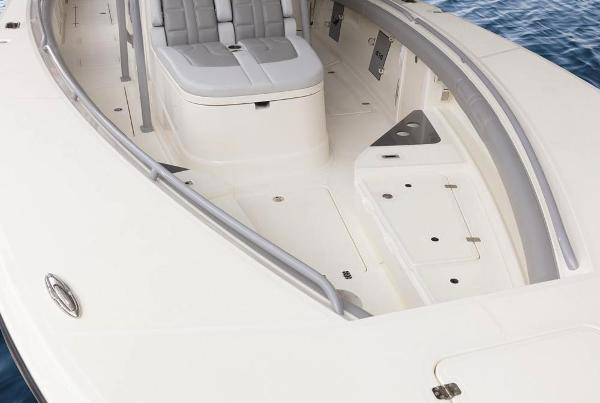 2021 Mako boat for sale, model of the boat is 414 CC & Image # 45 of 129