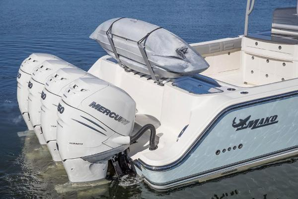 2021 Mako boat for sale, model of the boat is 414 CC & Image # 51 of 129