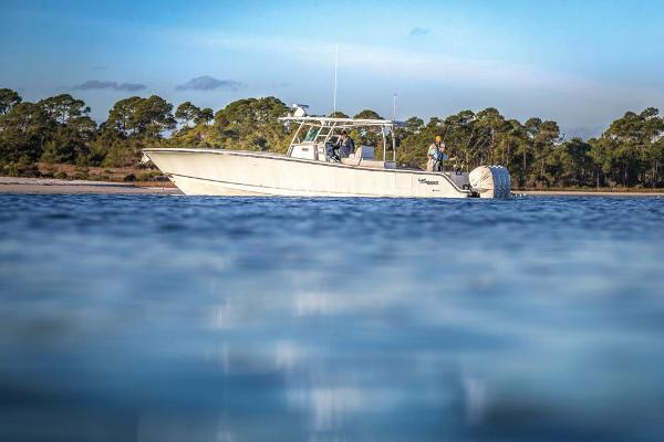 2020 Mako boat for sale, model of the boat is 414 CC Family Edition & Image # 3 of 113