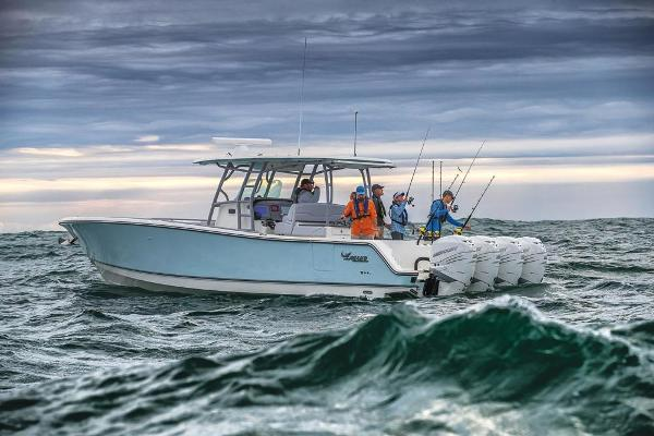 2020 Mako boat for sale, model of the boat is 414 CC Family Edition & Image # 6 of 113