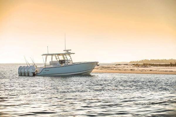 2020 Mako boat for sale, model of the boat is 414 CC Family Edition & Image # 18 of 113