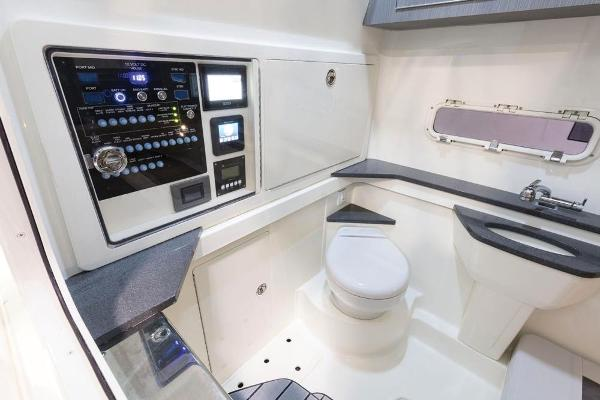 2020 Mako boat for sale, model of the boat is 414 CC Family Edition & Image # 36 of 113