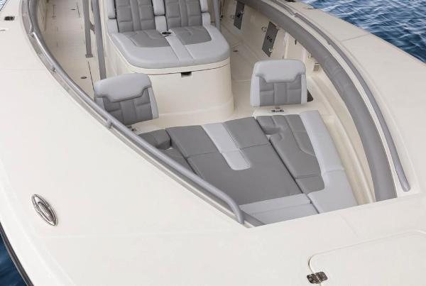 2020 Mako boat for sale, model of the boat is 414 CC Family Edition & Image # 41 of 113
