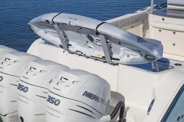 2020 Mako boat for sale, model of the boat is 414 CC Family Edition & Image # 45 of 113