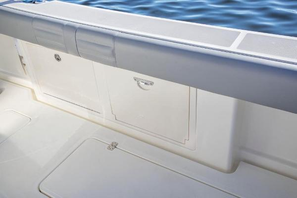 2020 Mako boat for sale, model of the boat is 414 CC Family Edition & Image # 51 of 113