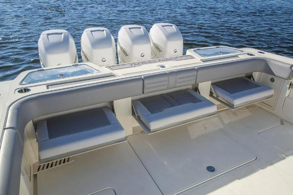 2020 Mako boat for sale, model of the boat is 414 CC Family Edition & Image # 53 of 113