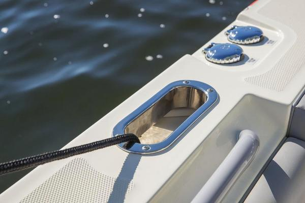 2020 Mako boat for sale, model of the boat is 414 CC Family Edition & Image # 59 of 113