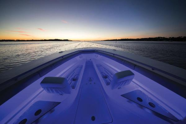 2020 Mako boat for sale, model of the boat is 414 CC Family Edition & Image # 88 of 113