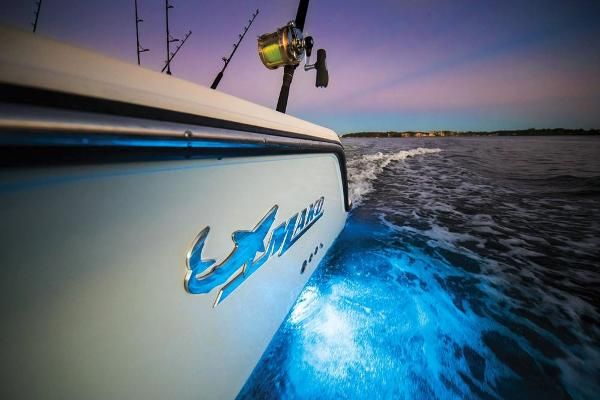 2020 Mako boat for sale, model of the boat is 414 CC Family Edition & Image # 89 of 113