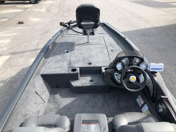 2021 Tracker Boats boat for sale, model of the boat is Pro Team 190 TX & Image # 9 of 31