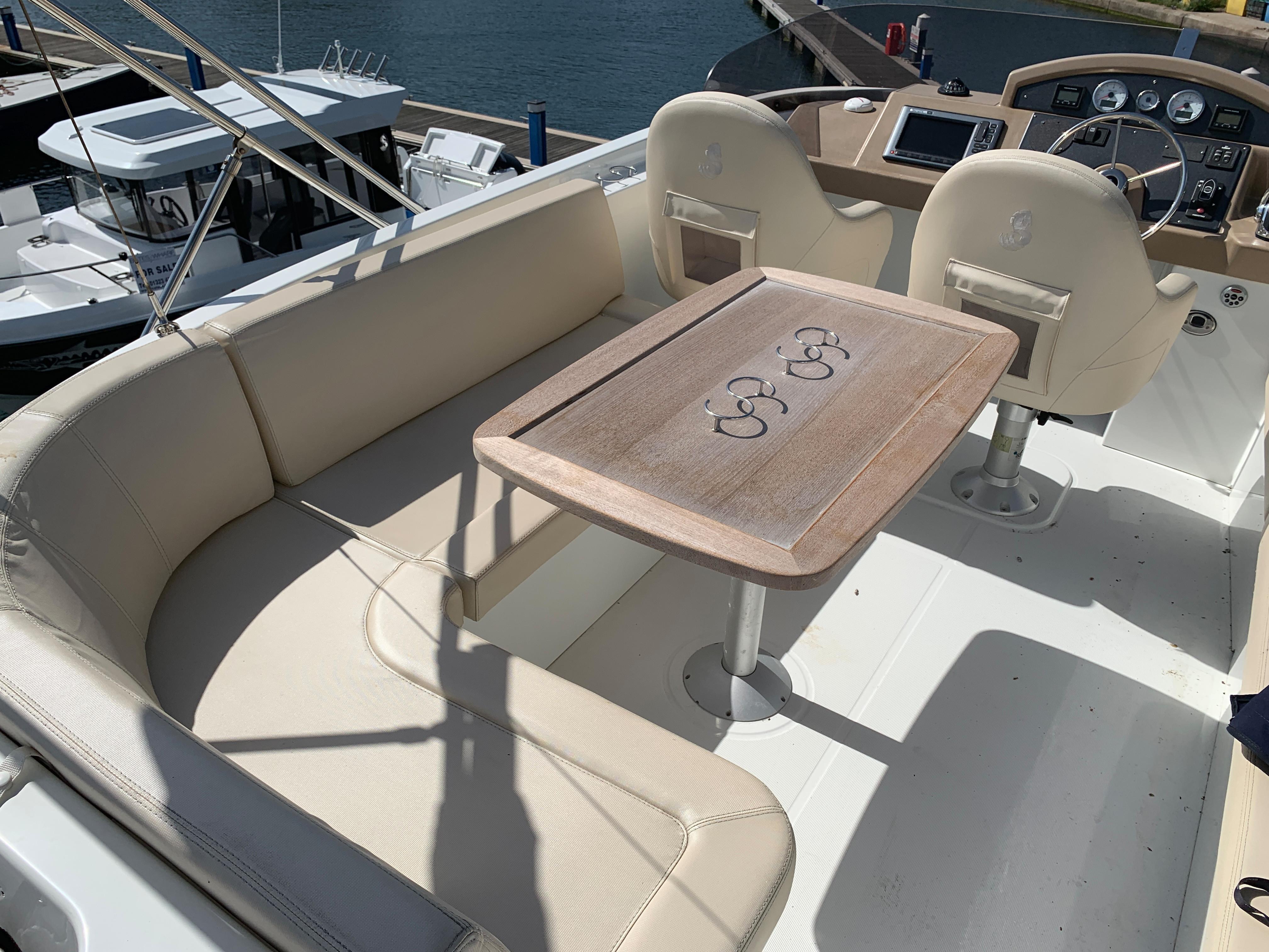 Beneteau Swift Trawler 44 for sale - Bates Wharf