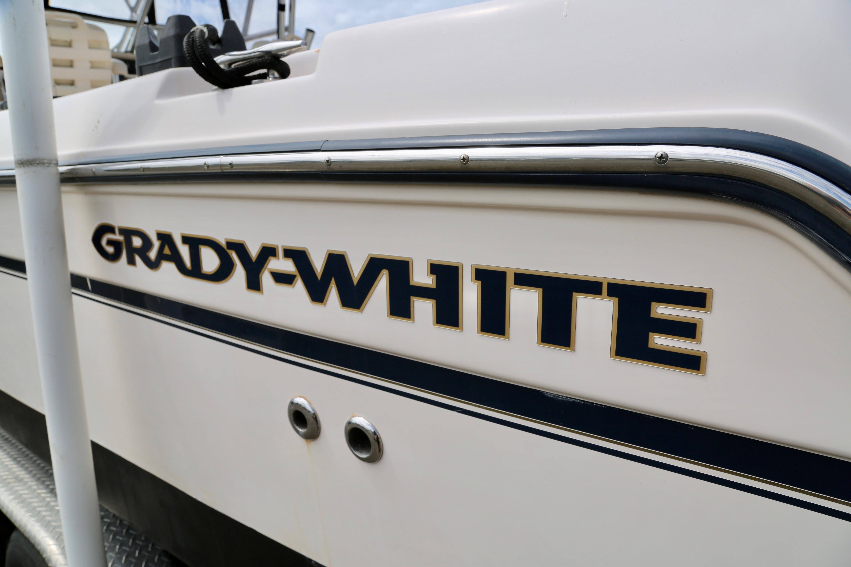 2008 Grady-White Journey 258