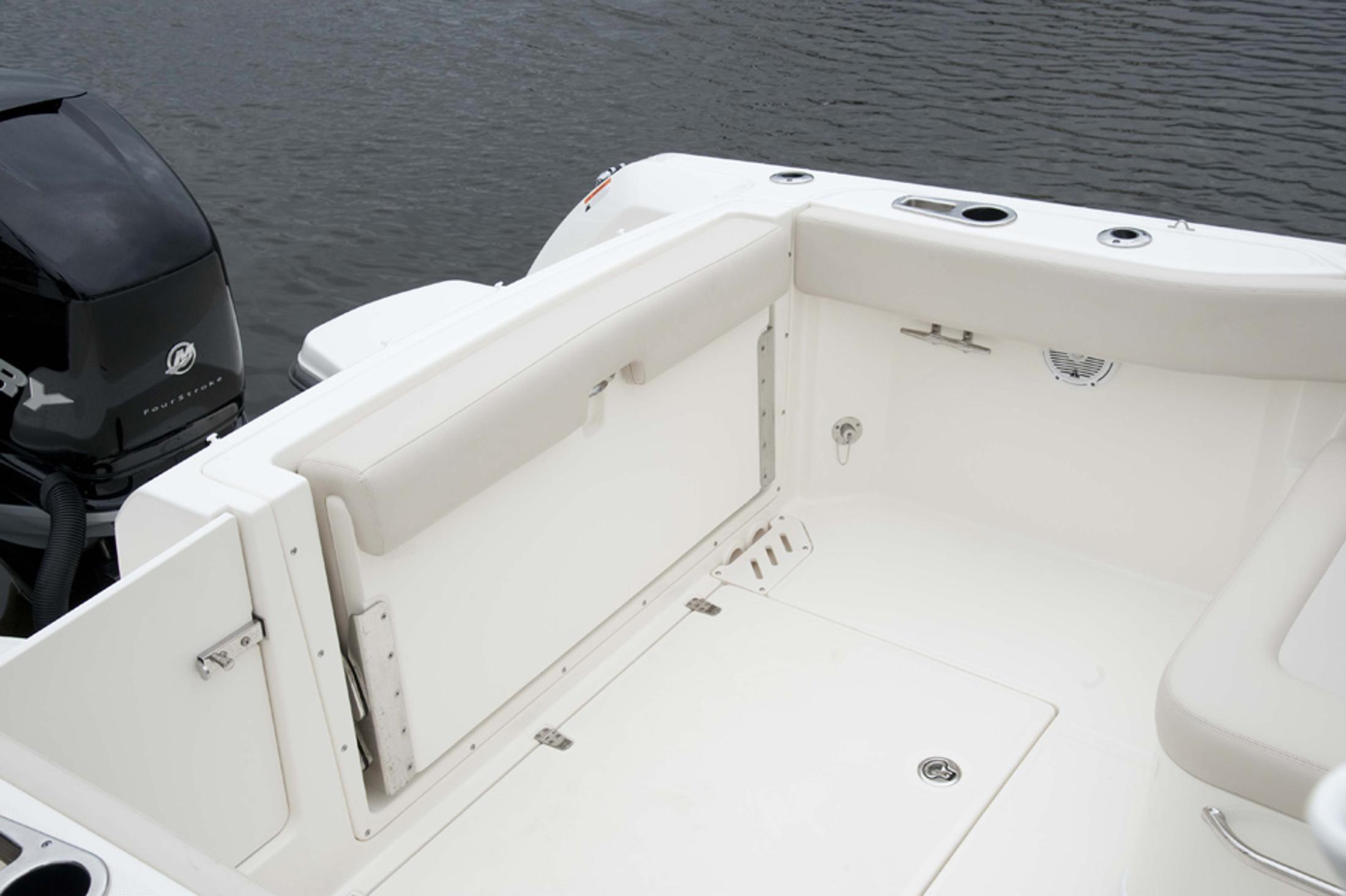 Boston Whaler - 50North