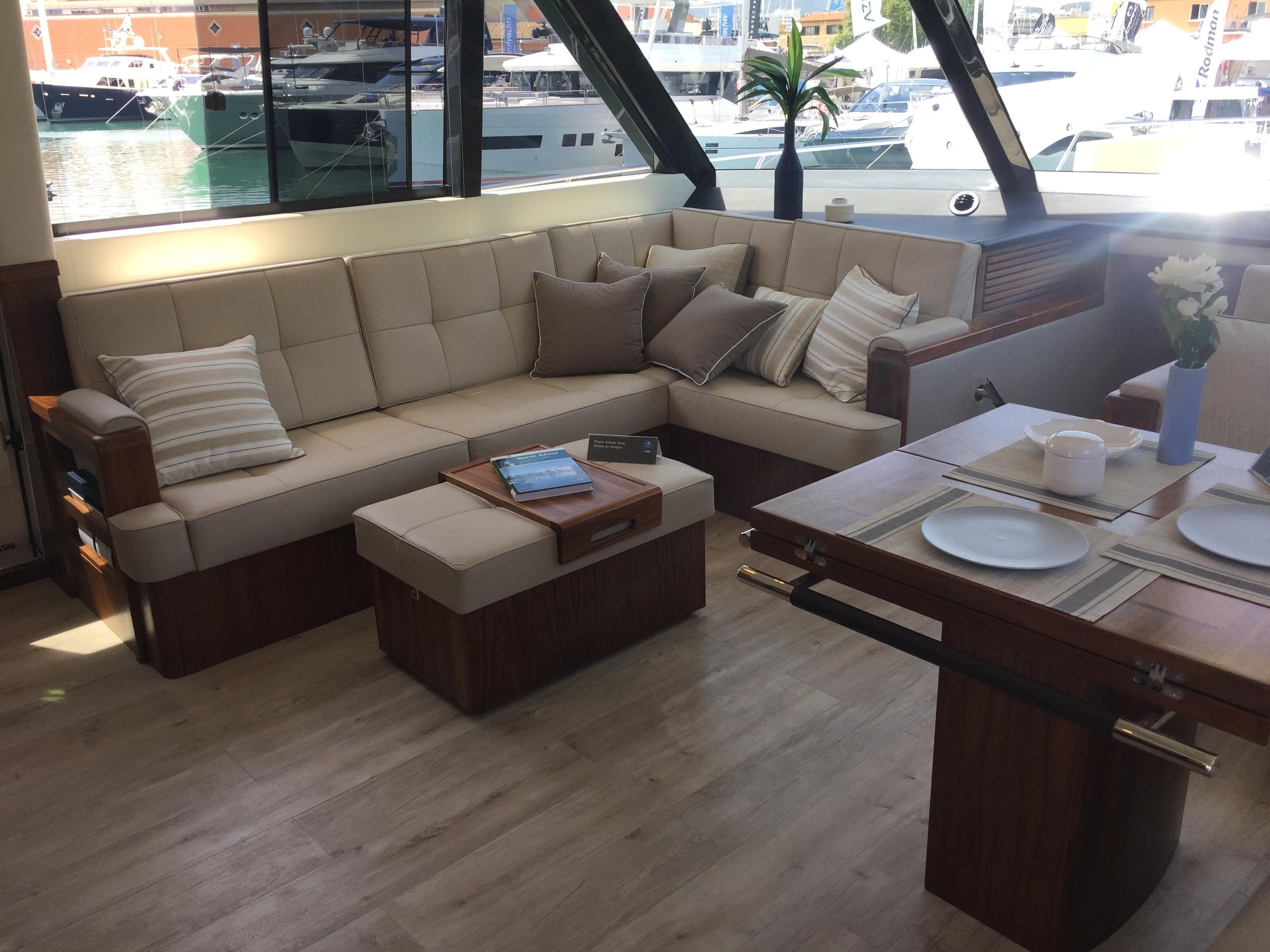 Riviera 68 Sport Motor Yachts