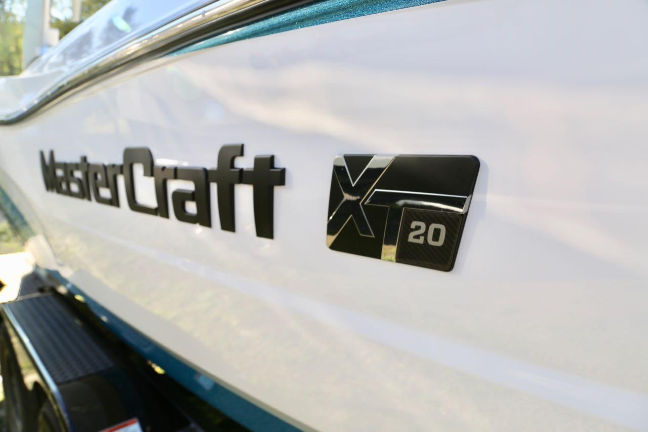 2020 Mastercraft XT20