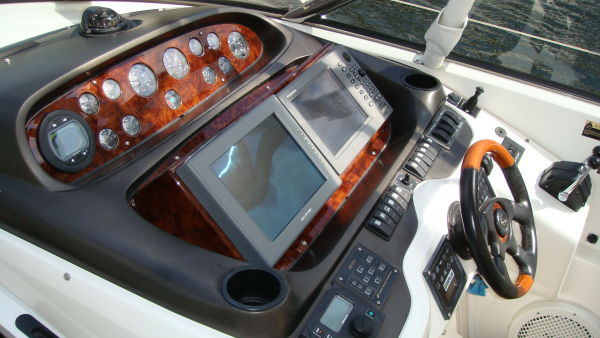 Helm Seat & Cockpit Center