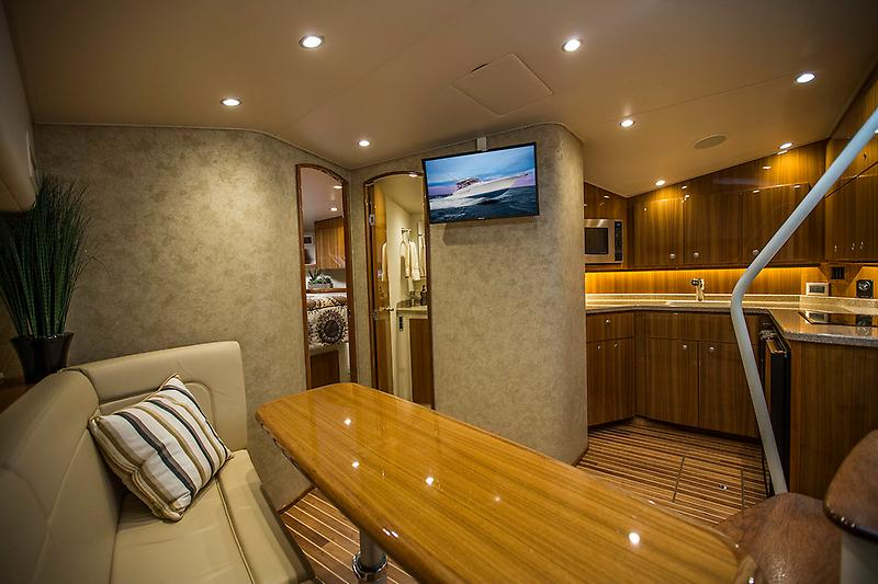 2015 Viking 42 Open, Salon picture