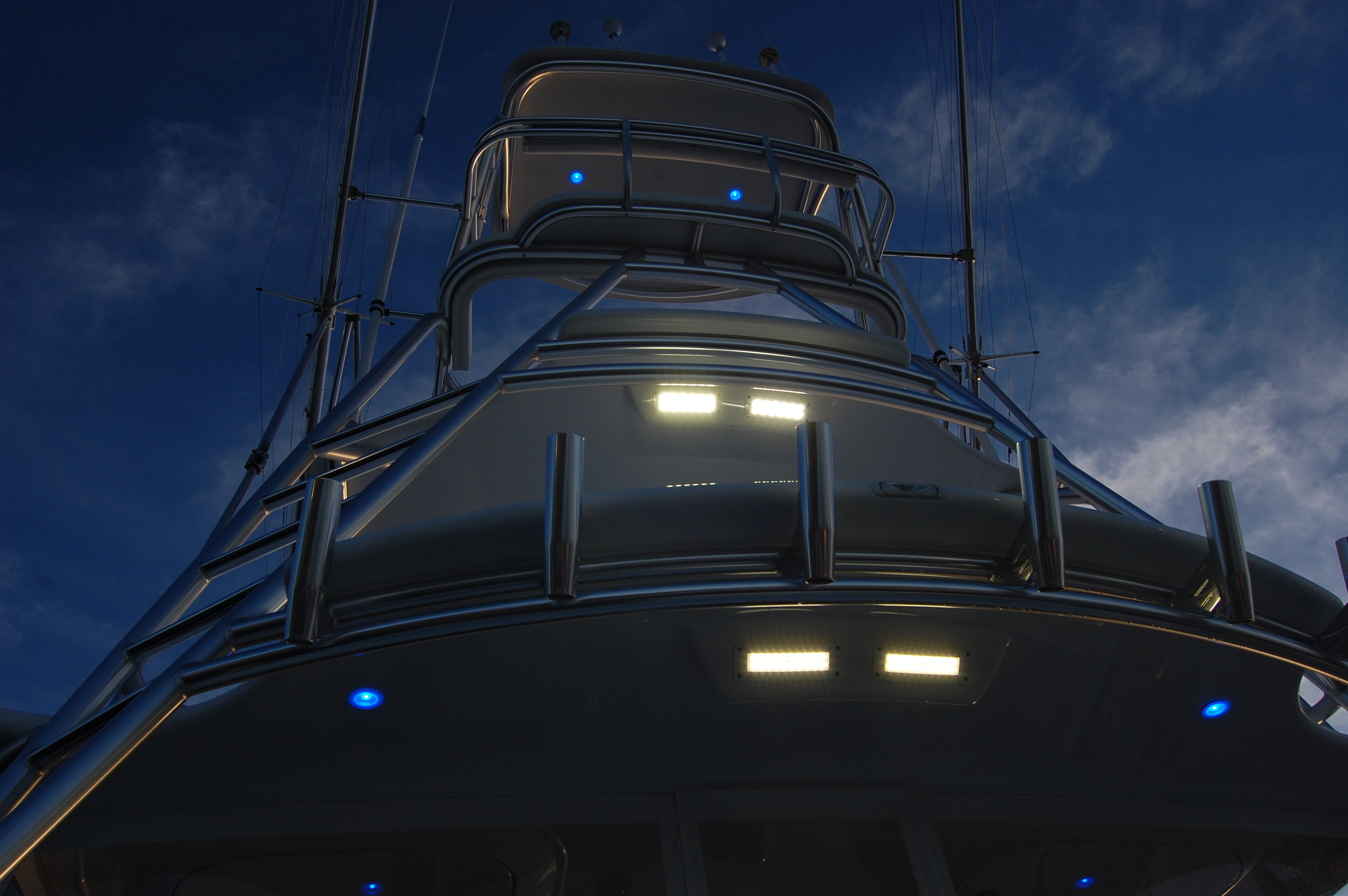 2015 Viking 42 Open, LED Spreader lights