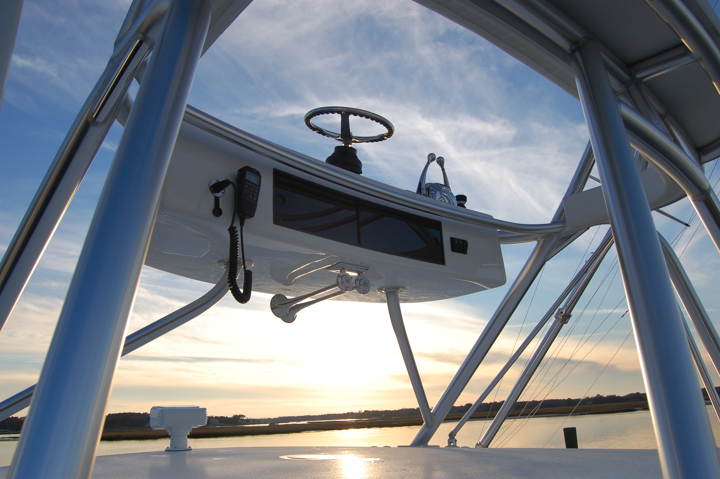 2015 Viking 42 Open, tower console 1