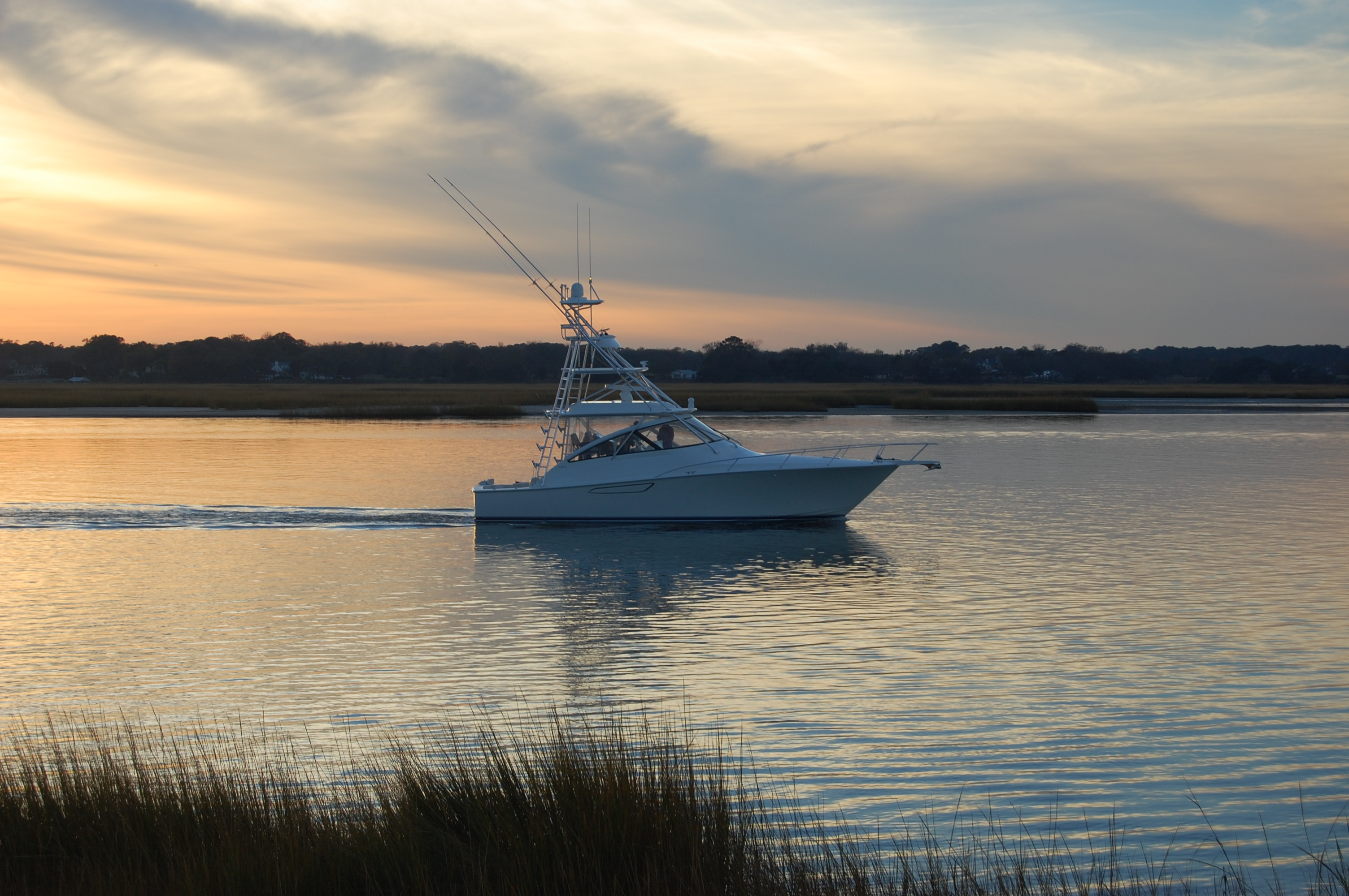 2015 Viking 42 Open, Sunset