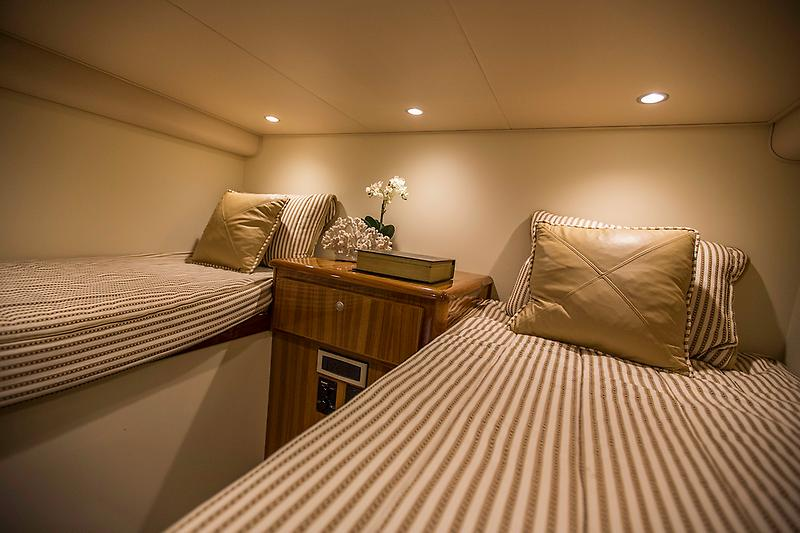 2015 Viking 42 Open, guest stateroom picture 1
