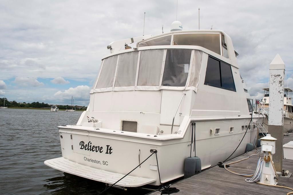 1994 Hatteras 52 Cockpit Motor Yacht