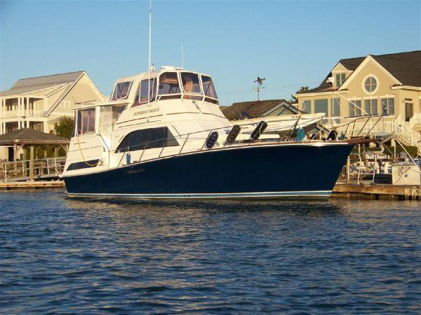 Ocean 46 Sunliner Motor Yachts. Listing Number: M-3283100