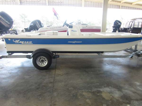 2017 MAKO PRO SKIFF 19 CC for sale