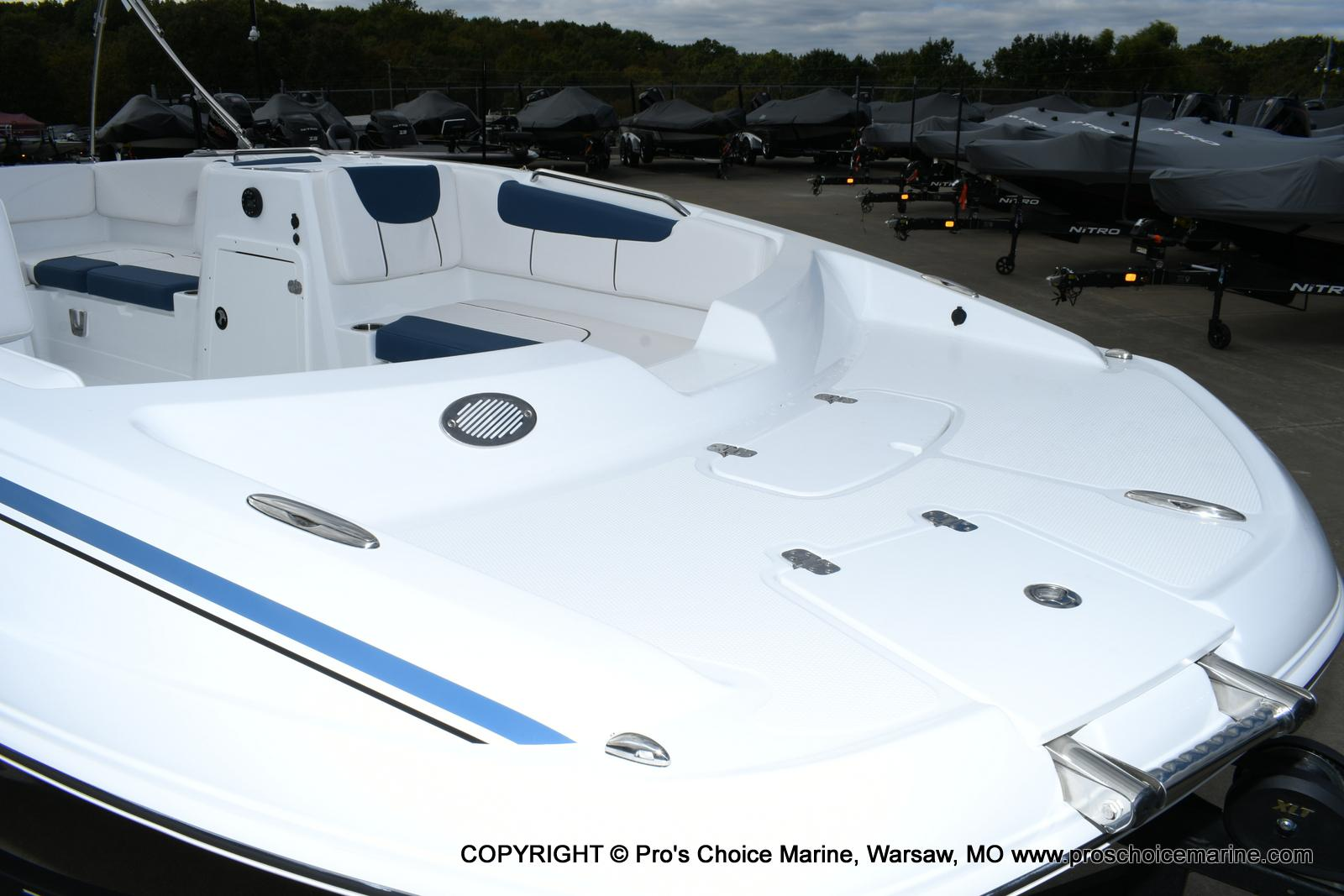 2020 Tahoe boat for sale, model of the boat is 2150 & Image # 2 of 50
