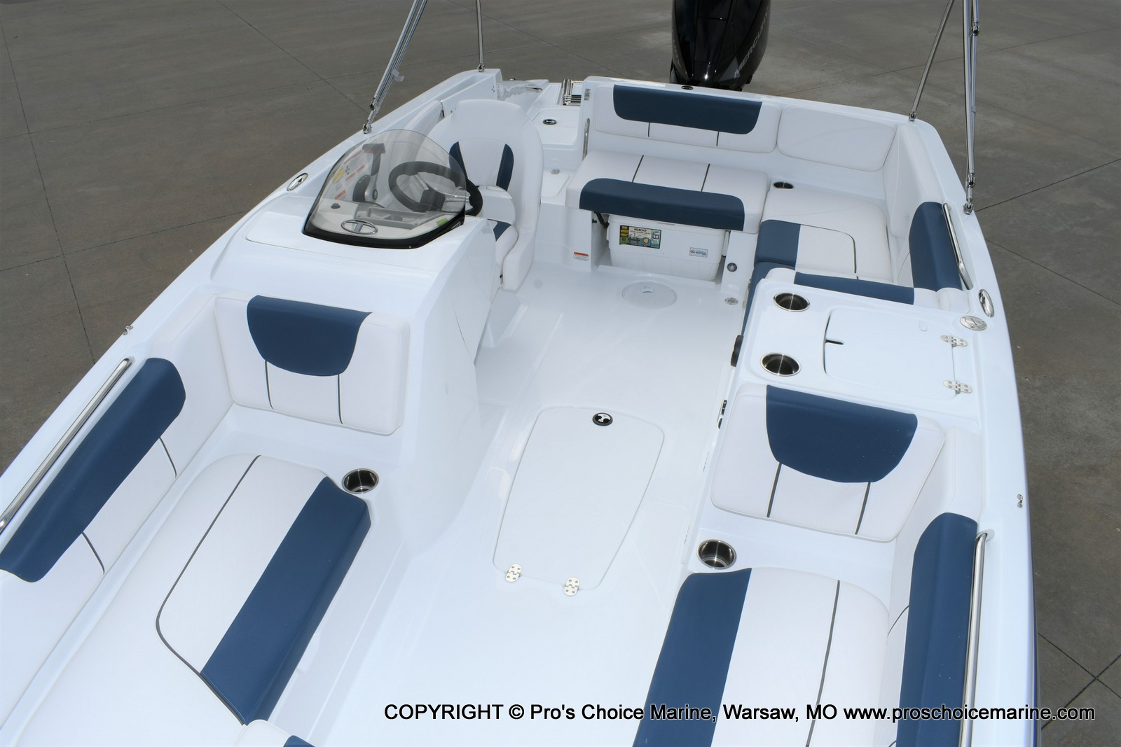 2020 Tahoe boat for sale, model of the boat is 2150 & Image # 21 of 50