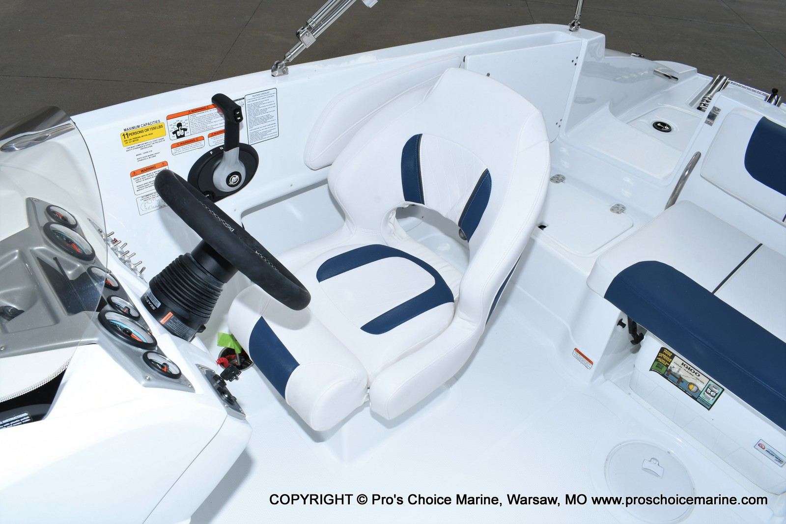 2020 Tahoe boat for sale, model of the boat is 2150 & Image # 22 of 50