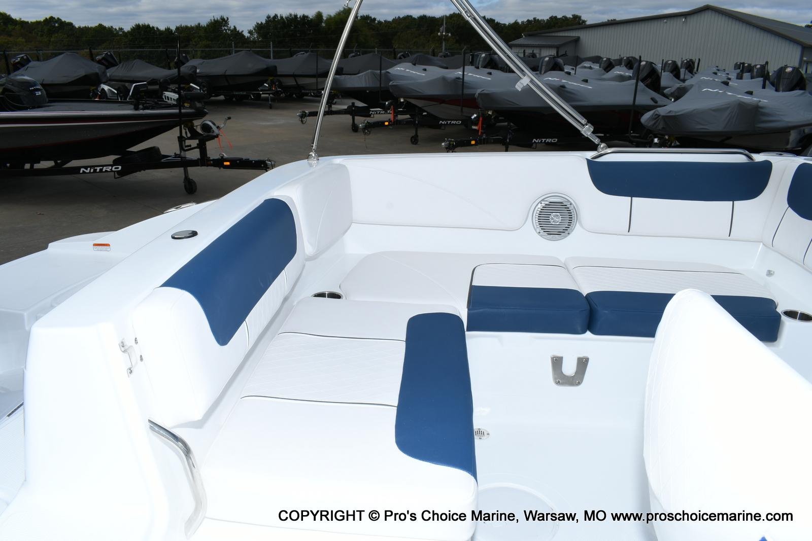 2020 Tahoe boat for sale, model of the boat is 2150 & Image # 29 of 50