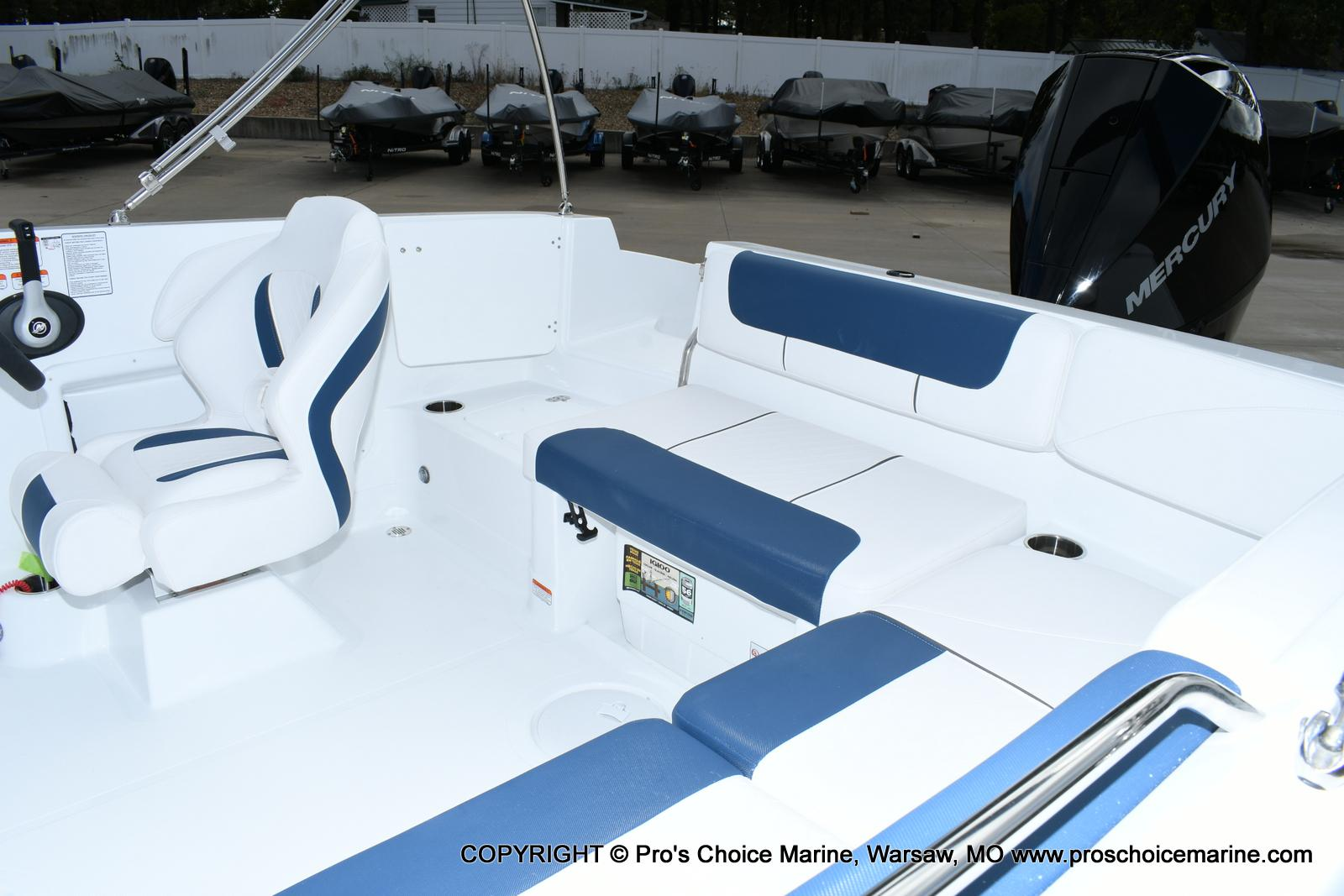 2020 Tahoe boat for sale, model of the boat is 2150 & Image # 3 of 50