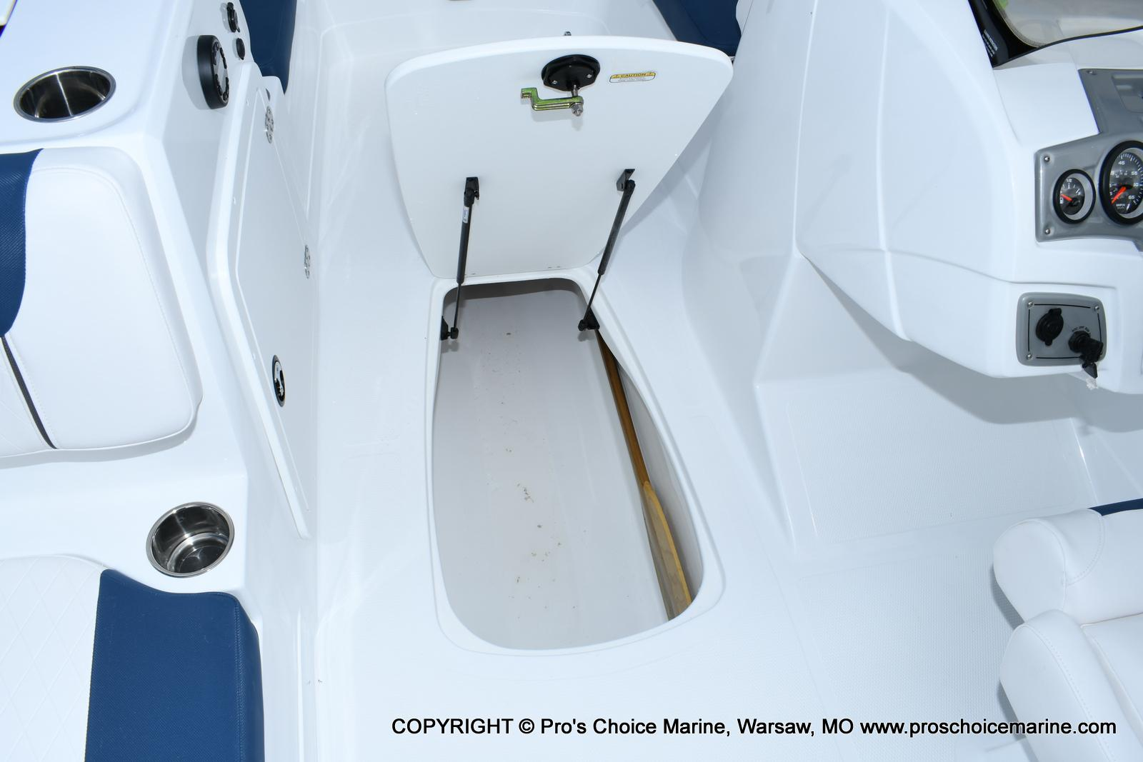 2020 Tahoe boat for sale, model of the boat is 2150 & Image # 36 of 50
