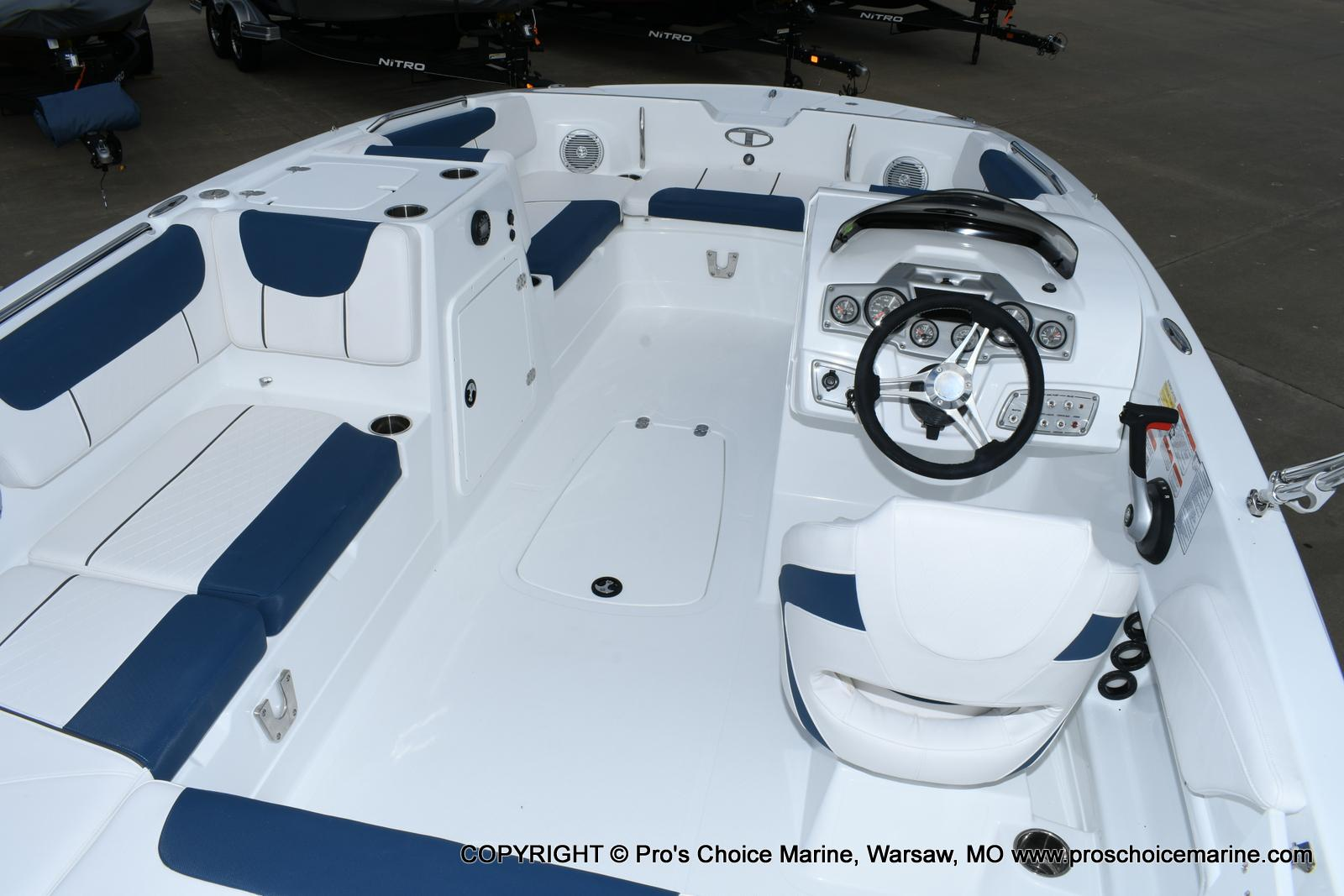 2020 Tahoe boat for sale, model of the boat is 2150 & Image # 5 of 50