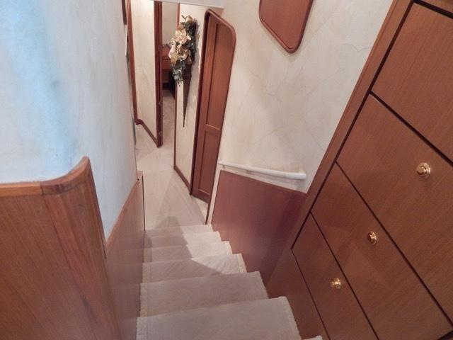 Stairway to Berths