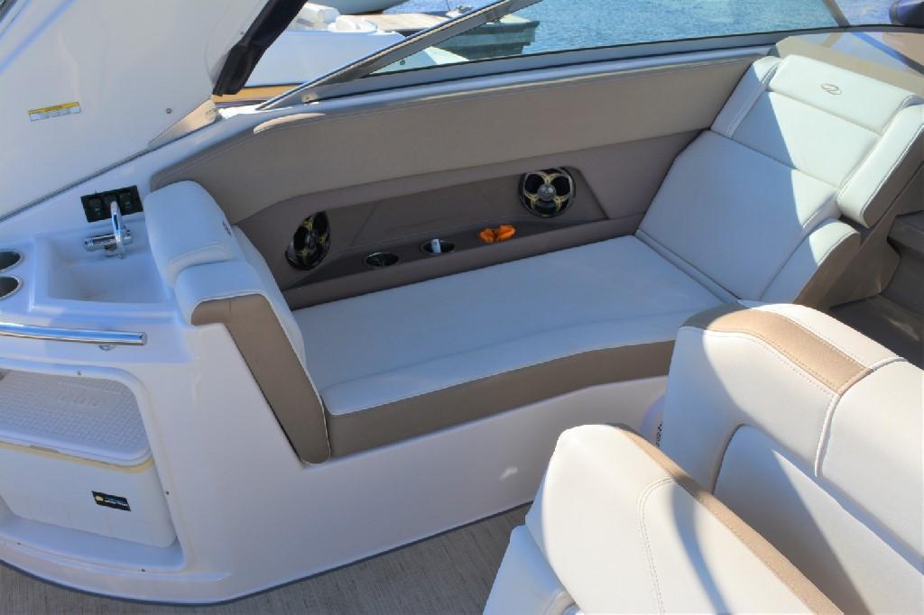 Regal 28 Express - Portside Lounge