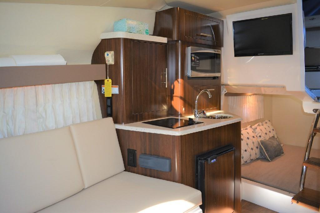 Regal 28 Express - Cabin to Starboard
