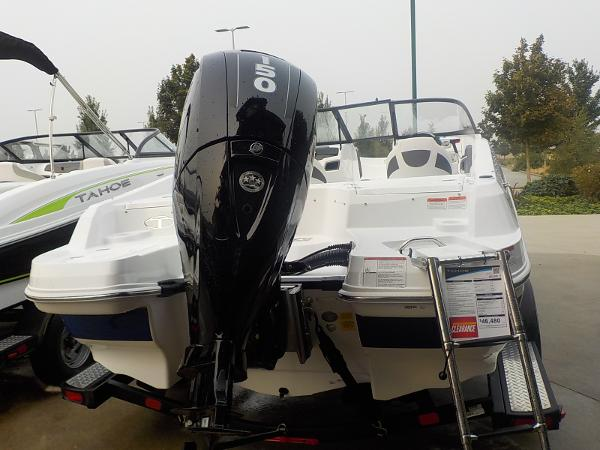 2019 Tahoe boat for sale, model of the boat is 550 TS & Image # 3 of 57